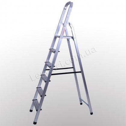 Стремянка ПРАКТИКА 6 ступеней (алюминиевая)