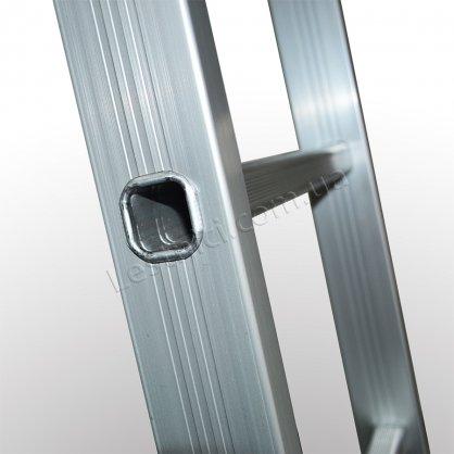 Лестница ПРАКТИКА двухсекционная раскладная 2 × 8 (алюминиевая, универсальная)