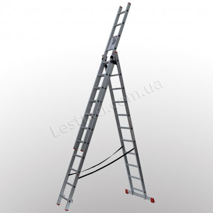Лестница ПРАКТИКА трехсекционная раскладная 3 × 11 (алюминиевая, универсальная)