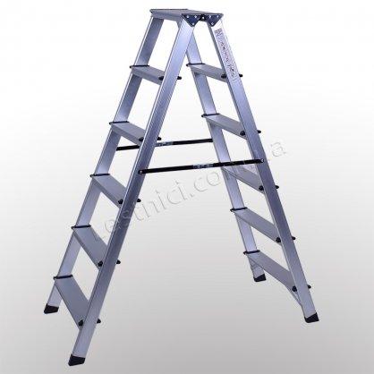Стремянка ПРАКТИКА двухсторонняя 6 ступеней (алюминиевая)