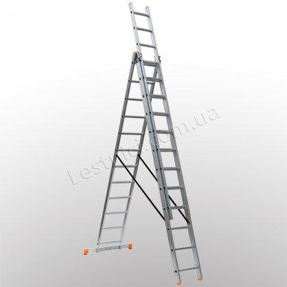 Лестница КРОК трехсекционная раскладная 3 × 11 (алюминиевая, универсальная)